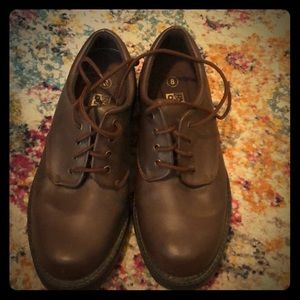 Rugged outback size 8 shoes